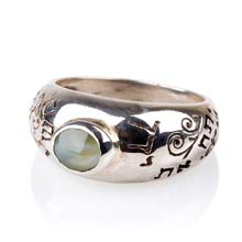 Amulets and Charms - Cat's Eye Abundance ring silver - Click here for more info