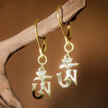 Amulets and Charms - Om earrings gold - Click here for more info