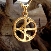 Amulets and Charms - One Race Pendant Gold - Click here for more info
