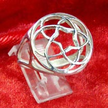 Amulets and Charms - Pentagramic Torus knot ring silver - Click here for more info